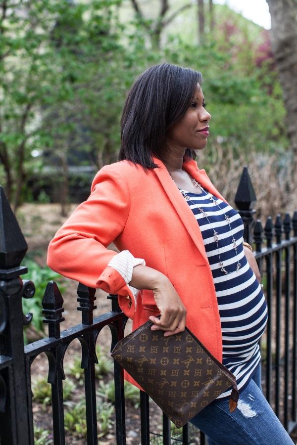 maternity fashion at The Pretty Dish (theprettydish.com)